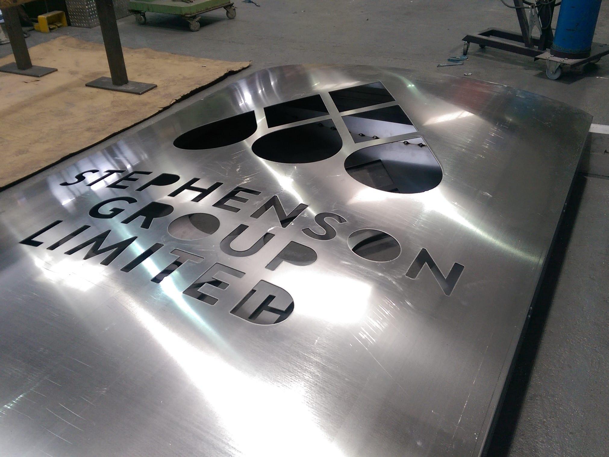 Aluminium sign fab 4-3